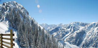 snow skiing - aspen USA