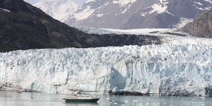 places to visit in alaska - Glacier Bay National Park and Preserve