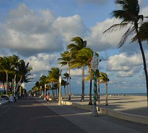 Hollywood Beach Attraction: Hollywood Beach Broadwalk