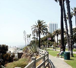 Santa Monica State Beach Attraction: Palisades Park
