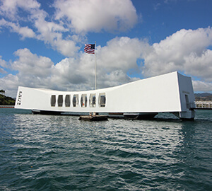 Honolulu Attraction: USS Arizona Memorial