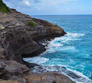 Hanauma Bay Nature Preserve Attraction: Spitting Cave of Portlock