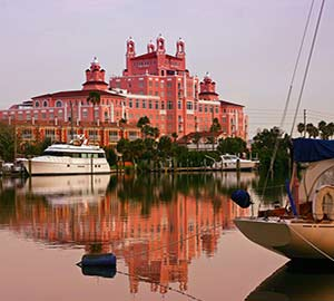 St. Petersburg Attraction: The Don Cesar Pink Motel