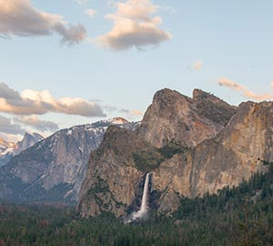 Yosemite National Park Attraction: Bridalveil Fall