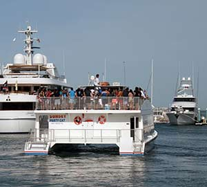 Key West Oceanfront  Vacation Rentals Attraction: Boat Party