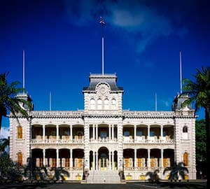 Waikiki Beach Attraction: Iolani Palace